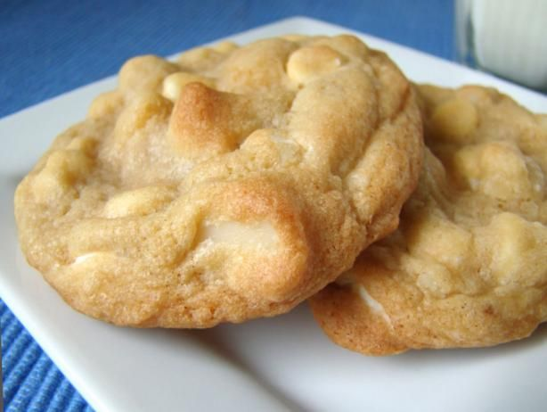 white chocolate chip macadamia